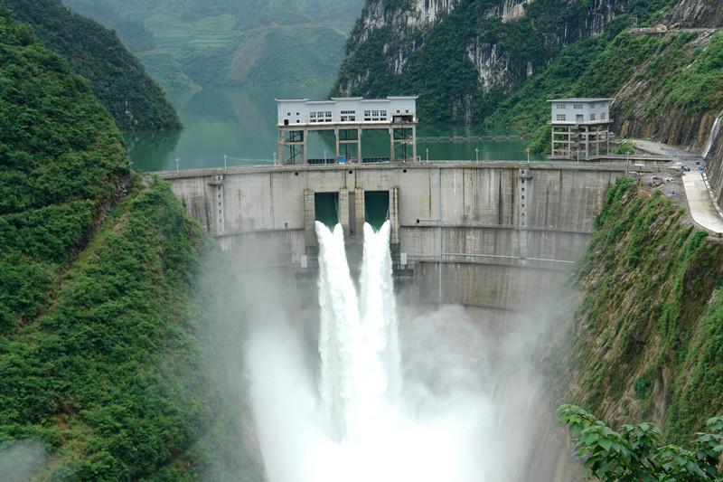 内蒙古河套灌区总干渠第二分闸枢纽水电站